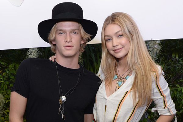 Are Exes Cody Simpson & Gigi Hadid Reuniting?